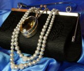 Ladies purses and fashion accessories